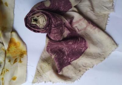 Pengembangan Batik Ecoprint: Meretas Kemiskinan Berkat Dedaunan